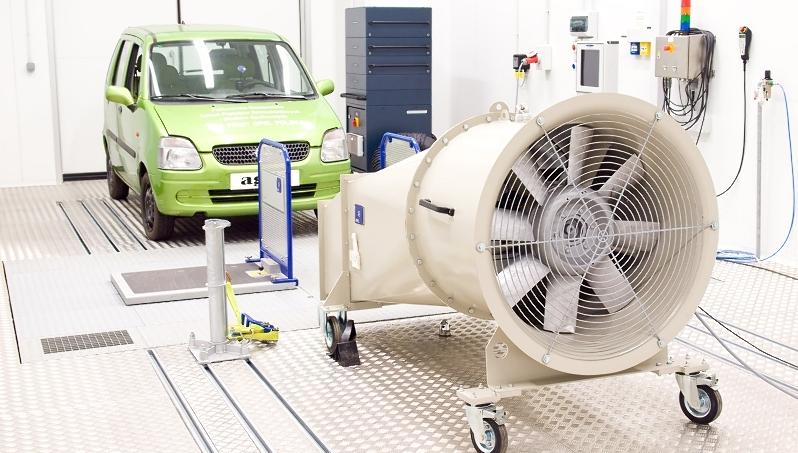 Klimatyzowane stanowisko z hamownią podwoziową do badań emisji spalin wedłyg nirm EURO